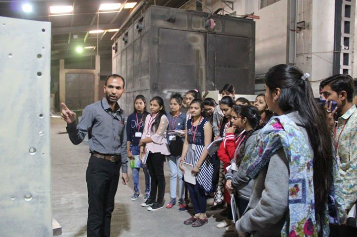 Glimpses from the BBA students visit from Shree GK & CK Bosania Collage-Jetpur at Rajoo Engineers Limited,India!  #RajooEngineers #Rajkot #PlasticMachinery #Machines #PlasticIndustry