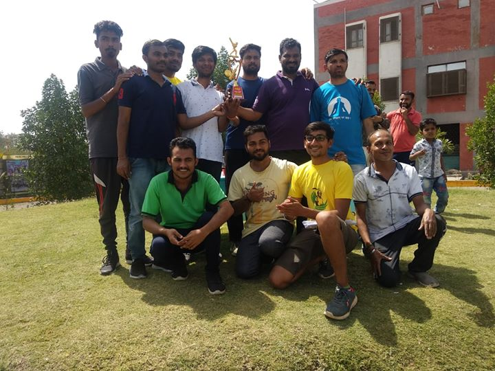 :: Glimpses from Cricket Tournament, Rajoo Premium League (RPL) ::  A first step towards encouraging healthy relationships, and promoting fitness and fun through friendly competition.  #RajooPremiumLeague #CricketTournament #RajooEngineers #Rajkot #PlasticMachinery #Machines #PlasticIndustry
